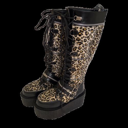 Demonia Creeper Cheetah Platform Boots