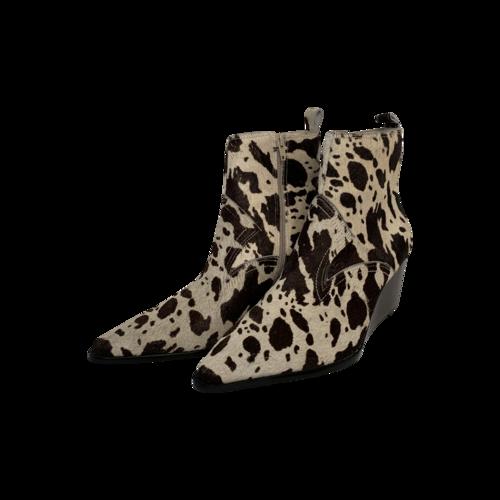 Matisse Essentials Cow Booties