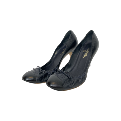 CHANEL Black Cap-Toe Ballet Style Heels